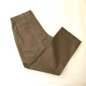Gap Classic Fit Khakis Flat Front Chino Pants 35